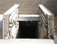 Transitdoor